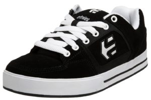 Etnies Ronin skate shoes (angle profile)